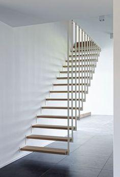 Jo-a : Détail Produit : Up, l'escalier suspendu