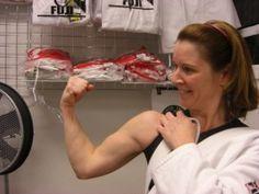 Slim down while studying self defense via Brazilian jiu jitsu instruction.