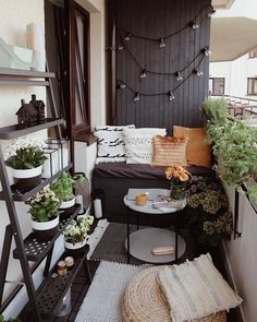 balcony design ideas outdoor 42 55 super cool and breezy small balcony design ideas girly balcony if you want privacy add outdoor curtains apartment patio outdo Small Balcony Design, Small Balcony Decor, Small Balcony Garden, Outdoor Balcony, Small Terrace, Small Space Interior Design, Balcony Deck, Balcony Gardening, Deck Design