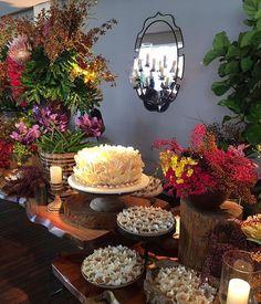 Detalhes da mesa de doces de ontem!! 💛💗💚