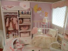 Dollhouse miniature 1:12 scale nursery roombox beautiful accessories and decoration