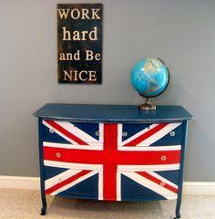 union jack dresser Something about England fascinates me:)