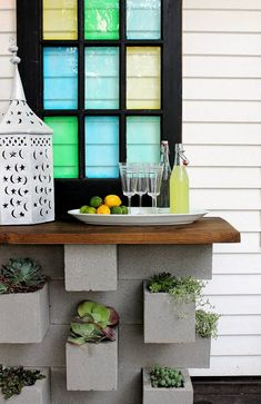 LOVE the window ---- inspiration files--cinder block vertical planter and outdoor bar combo from hunted interior Diy Outdoor Bar, Outdoor Living, Outdoor Buffet, Outdoor Spaces, Outdoor Decor, Outdoor Kitchens, Outdoor Ideas, Cinderblock Planter, Diy Außenbar