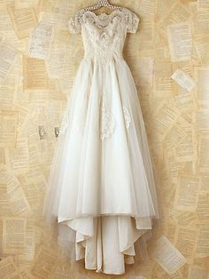 Vintage Tulle and Lace Dress. http://www.freepeople.com/vintage-loves-pretty-in-pink/vintage-tulle-and-lace-dress/