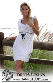 Sailor Maid by DROPS Design - DROPS crochet dress FREE pattern - white sleeveless crochet summer dress with blue thread accents (hva) Gilet Crochet, Crochet Bows, Crochet Skirts, Crochet Clothes, Knit Crochet, Clothing Patterns, Dress Patterns, Crochet Patterns, Crochet Design