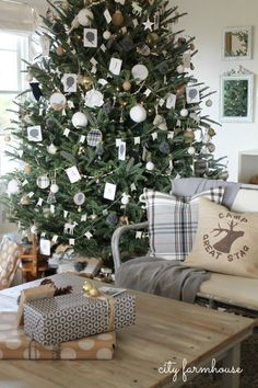 City Farmhouse Tree 2013 {most of the tree is filled with DIY ornaments} Neutral…