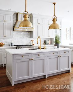 Discover H&H editors' best advice on how to make the most of your renovation budget.   Design: Allison Willson Photo: Stacey Brandford