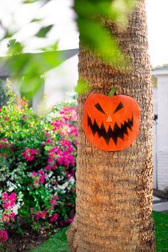 How To: Nightmare Before Christmas Holiday Door (to Halloween Town!) - Studio DIY
