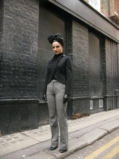 London street style. Turban