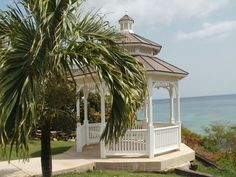 Wedding Gazebo at Verandah Resort & Spa