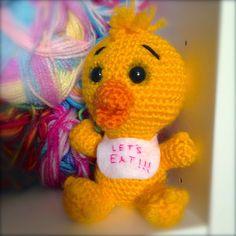 -x- EssHaych -x-: Free Pattern: Chica the Chicken