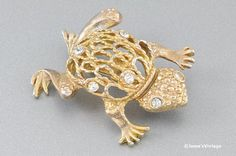 Vintage Frog Toad Brooch Pin Gold Tone by JessesVintage on Etsy, $7.99