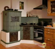 Kachelofen masonry heater Wood cookstove and oven faced in tile. hafnermeister-sulzer.at