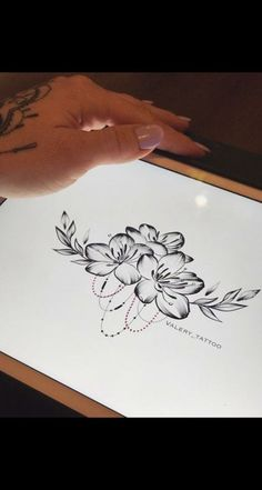 Best tattoo disney thigh tat 38 Ideas You are in the right place about tattoo nature Here we Arrow Tattoos, Leg Tattoos, Flower Tattoos, Body Art Tattoos, Flower Tattoo Back, Tatoos, Trendy Tattoos, Cute Tattoos, Beautiful Tattoos
