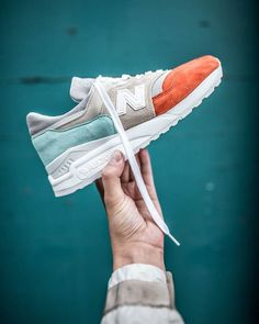 22 Trendy sport chic sneakers new balance Trendy Womens Sneakers, Stylish Shoes For Men, Trendy Shoes, Casual Shoes, Men Sneakers, Stylish Men, New Balance Sneakers Mens, New Balance Shoes Men, Sport Chic