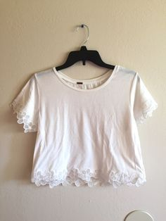 <Item>     [city]: Seaside, CA    [statusIdentifier]: 3    [user]: User: leonora (1035259)    [identifier]: 16618378    [composition]:     [catalog]: Women's Clothing » Tops » Crop tops    [canEdit]: 0    [isNearby]: 0    [videos]: (    )    [packageType]: 1    [color2Identifier]: <nil>    [createdAt]: yesterday 09:44 PM    [url]: http://www.vinted.com/sh/clothes/16618378-cute-white-crop-top-s    [userIdentifier]: 1035259    [comments]: (    )    [isUnisexNumber]: 0    [isClosed]: 0…