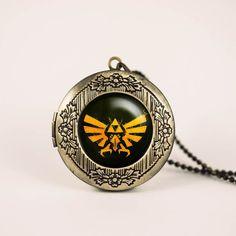 Zelda Hyrule Crest vintage pendant locket necklace