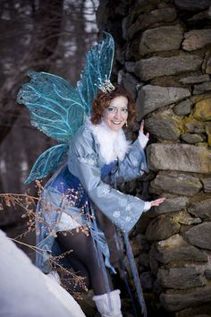 Make your own Cellophane Wings -  Very nicely done, love the detailing on the edges!