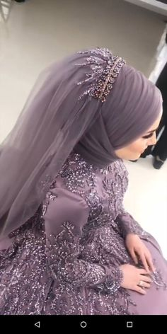 Abaya Style 650488739911449415 - , Source by endiyprojects Muslim Wedding Gown, Hijabi Wedding, Wedding Hijab Styles, Muslimah Wedding Dress, Muslim Wedding Dresses, Muslim Brides, Muslim Dress, Bridal Dresses, Bridesmaid Dresses
