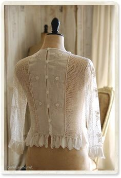 Crocheted lace and sheer gauze white feminine blouse Vintage Lace, Vintage Dresses, Vintage Outfits, Irish Crochet, Crochet Lace, Boho Fashion, Vintage Fashion, Moda Casual, Linens And Lace