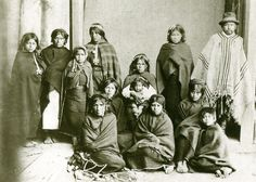Museo Chileno de Arte Precolombino » Mapuche Chile, Southern Cone, Native American Genocide, Canadian Culture, History For Kids, History Pics, Edward Curtis, Tribal People, Argentine