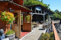 For incredible atmosphere and delicious food, head to Halibut Cove to visit The Saltry Restaurant. This place has even been featured in the New York Times! Kenai Alaska, Adventure Town, Kenai Peninsula, Outdoor Fun, Outdoor Decor, Island Tour, Alaska Travel, Train Travel, Car Travel