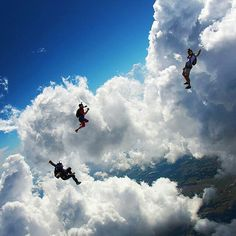 Tag  yourself if you wish to play with those clouds! ☁ -  #bennelsonphotography #skydiving #turbolenza #Amazing #blue #sky #flying #freedom #happiness #fun #friends #dream #lifestyle #Regrann from @jump_junkie #instagram #followme #great #feel #fly #joy #play #jumping #gopro