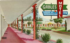 Ghosts Of The Great Highway: Vintage Travel and Motel Postcards. Hotel Motel, Hotel Spa, Vintage Hotels, Vintage Travel, Hotels And Resorts, Best Hotels, Arcade, Fresno County, Retro Images