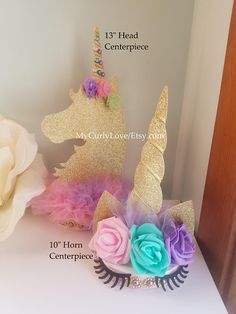 Stunning backdrop decor for your little girls unicorn party. Tutu Centerpieces, Rainbow Centerpiece, Unicorn Centerpiece, Birthday Centerpieces, Baby Shower Centerpieces, Birthday Party Decorations, Party Themes, Party Unicorn, Unicorn Themed Birthday Party