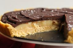 If you're a fan of Twix® candy bars, this Twix® No Bake Pie is sure to become your new favorite. The caramel is sweet and creamy and the shortbread crust adds crunch! Top with some flaked sea salt for the perfect balance of salty and sweet.