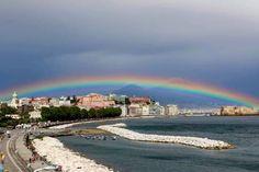 Napoli con l'arcobaleno