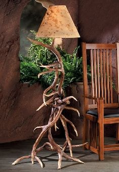 This floor lamp will be a focal point in any cabin, lodge, vacation home, rustic den, or game room. These antlers are injection molded from authentic antlers and are so realistic even the most experie Antler Lamp, Antler Chandelier, Antler Lights, Unique Floor Lamps, Cool Lamps, Cabin Lighting, Rustic Lighting, Ski Lodge Decor, Wood Floor Lamp