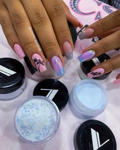 Diy Acrylic Nails, Acrylic Nails Coffin Short, Classy Nails, Stylish Nails, Love Nails, Pink Nails, Gold Glitter Nails, Beach Nails, Hair And Nails