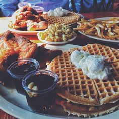 Roscoes house of chicken and waffles