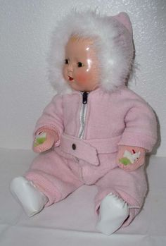 1934 Mold 1 - Effanbee DY-DEE Doll in Trunk -- Complete Layette