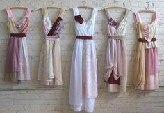 autumnal bridesmaids dresses and wedding dress by Armour sans Anguish