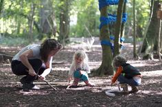 Assemble workshop in Leigh Woods, photo Justin Yockney