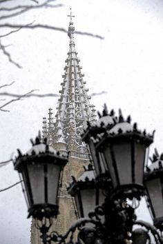 Nevada en Oviedo, La Catedral de Oviedo. febrero 4, 2015