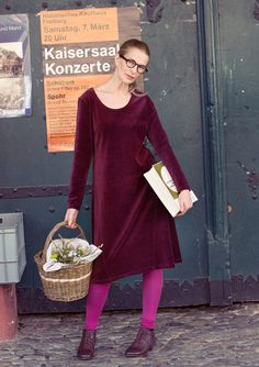 Velour dress in eco-cotton/polyester – Velour in Freiburg – GUDRUN SJÖDÉN – Webshop, mail order and boutiques   Colorful clothes and home textiles in natural materials.