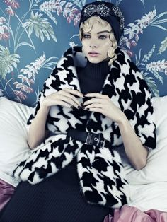'Vogue Beauty' by Emma Summerton for Vogue Italia | November 2013