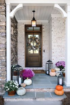 front door fall decorations... love the mums