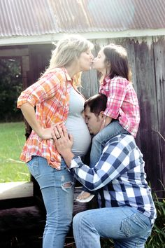 a cute way to pose a maternity shoot with an older sibling