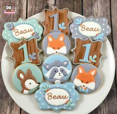 Woodland Cookies by Whoosbakery on Etsy Cookies For Kids, Fancy Cookies, Cute Cookies, Cupcake Cookies, Sugar Cookies, Fox Cookies, Baby Shower Cupcake Cake, Baby Shower Cupcakes, Fun Cupcakes