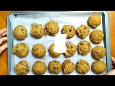 This is so far the best chewy Chocolate chip cookies recipe that i came across. The cooking of the butter is a bit time consuming but trust me, it's all wort. Best Chocolate Chip Cookies Recipe, Chip Cookie Recipe, Cookie Recipes, Chips, Make It Yourself, Baking, Breakfast, Easy, Youtube