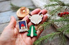 Christmas winter wooden brooch set of 3 pieces por TheTwentyFingers