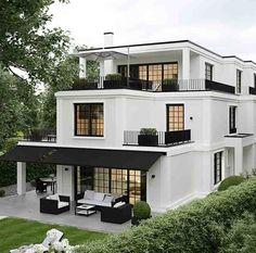45 luxury modern house exterior design ideas – My Ideas Indian Balcony Designs, Design Exterior, Black Exterior, Modern Exterior, Luxury Homes Exterior, Facade Design, Dream House Exterior, House Exteriors, House Goals