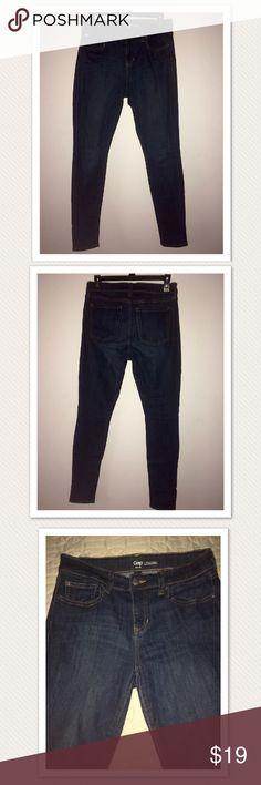 Gap Legging Jeans Blue skinny size 4/27R Gap Legging Jeans. 71% Cotton, 27% polyester, 2% spandex Jeans Skinny