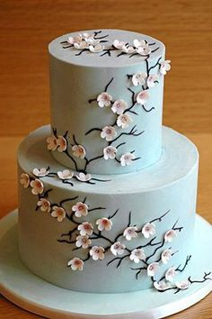 wedding-cake-decorated-with-edible-flowers-3