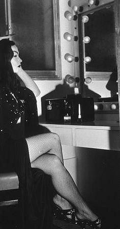 """Maila Nurmi as ""Vampira"", the first TV horror hostess for ABC, 1954 Horror Art, Horror Movies, Gothic Horror, Comedy Movies, Bettie Page, Manado, Black N White Images, Black And White, White Art"