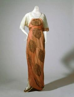 Dress, Paul Poiret (1879-1944), Paris, France: 1914, silk chiffon, silk under-skirt, lace, metallic thread.